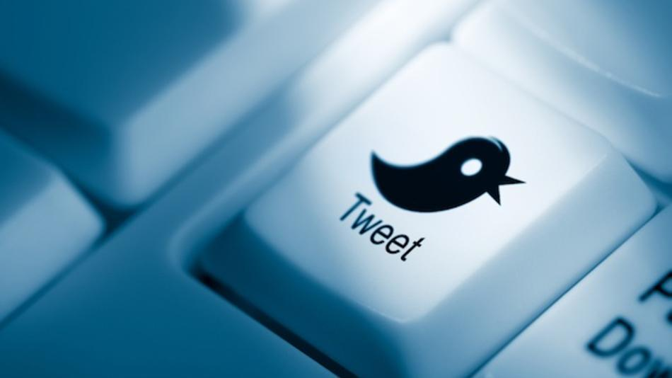Time to Add Twitter to Your B2B Social Media Marketing Strategy? image twit