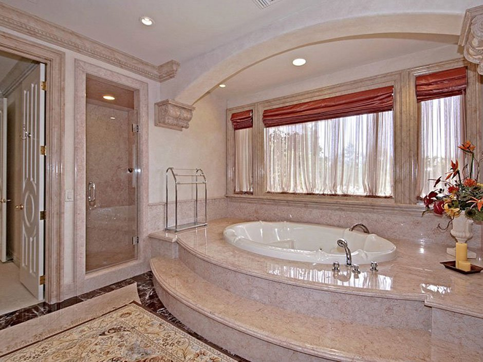 10 Of The Most Expensive Bathrooms In The World