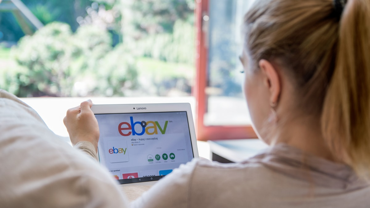 Handling difficult customers on eBay